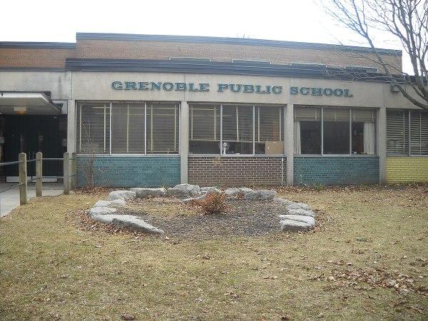 Grenoble Public School - Wikipedia