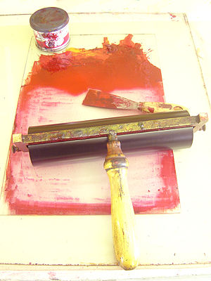 Intaglio printmaking - roller and ink