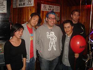 Perez Hilton (center).