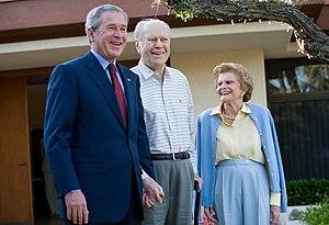 English: President George W. Bush, Former Pres...