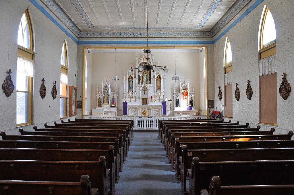 FileHoly Family Catholic Church interior Jerome Arizona