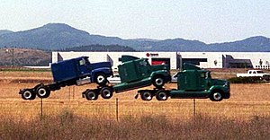Tractor unit hauling tractor units in Idaho
