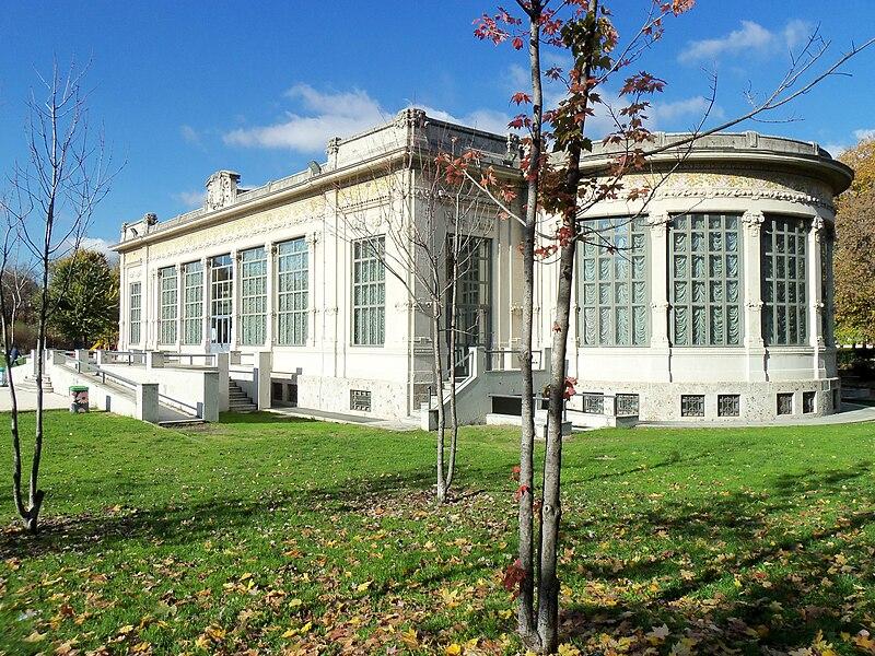 File:Parco palazzina liberty 021.JPG