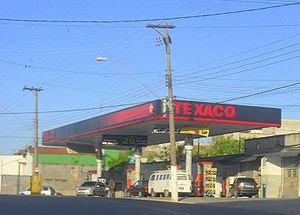 English: Texaco Petrol Station in Poá (São Pau...