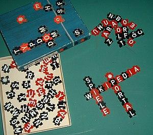 Typdom, Buchstabenspiel in Kreuzwortmanier, al...
