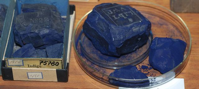 Photograph of Indigo, historical dye collection of the Technical University of Dresden, Germany. Image Credit : Shisha-Tom.