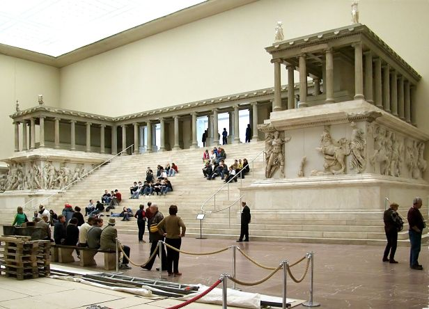 Pergamonmuseum Pergamonaltar - Pergamon Altar
