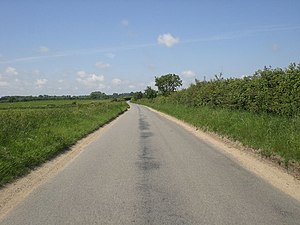 English: Road north from Little Snoring to Gre...
