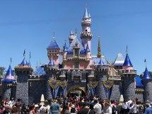 Disneyland - Wikipedia