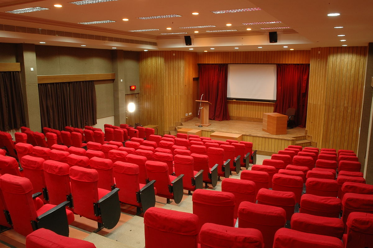 auditorium  Wiktionary bahasa Indonesia
