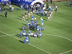 Deutsch: Einlauf der Mannschaft von Cruz Azul ...