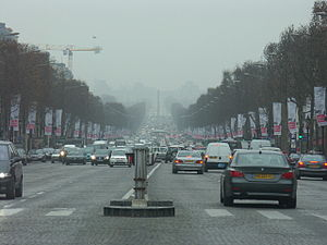 English: France-Paris-Traffic