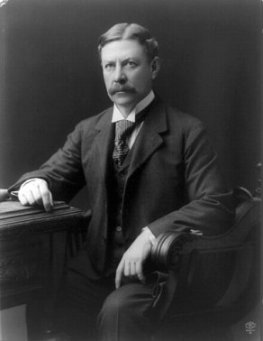 William H Moody