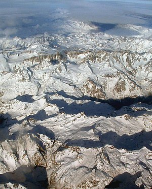 English: The Andes. Photo was taken on a fligh...
