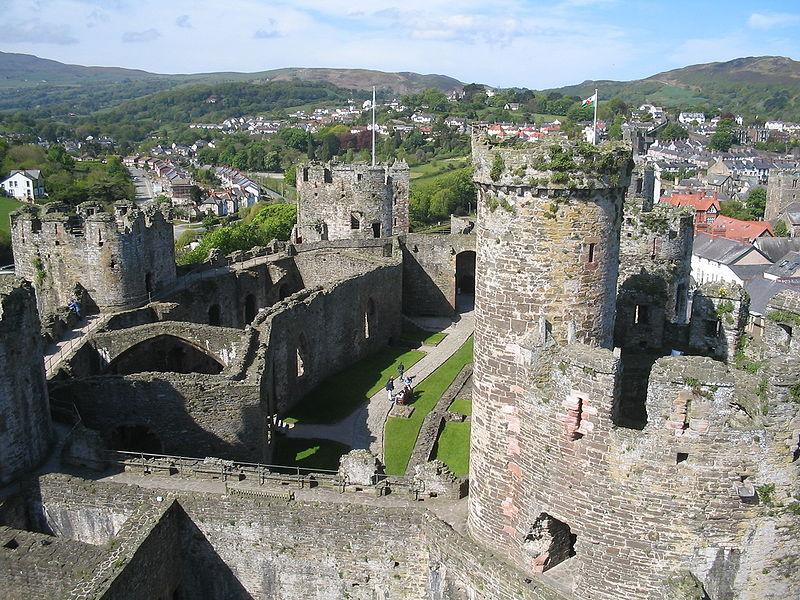 Ficheiro:Conwy Castle 3.jpg