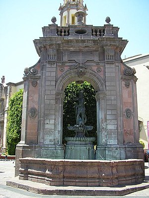 English: Fountain of Neptune, Querétaro City, ...