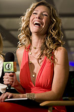 Tava Smiley Wikipedia