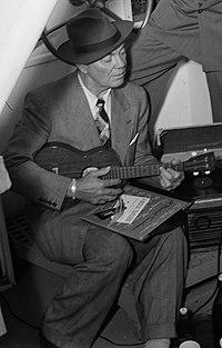 Cliff Edwards 1947.jpg