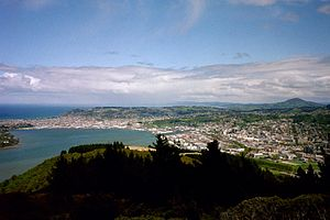 English: Panorama of Dunedin, New Zealand. Deu...
