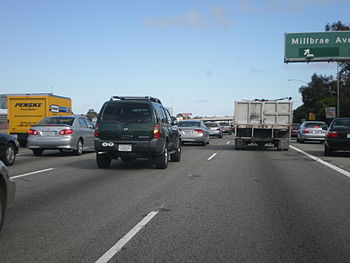 Rush hour on US Route 101 through Millbrae, Ca...