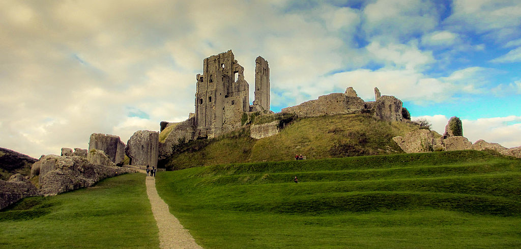 Nove Ber Fall Wallpaper For Computer File Corfe Castle Dorset Jpg Wikipedia