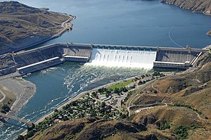 English: The Grand Coulee Dam on the Columbia ...