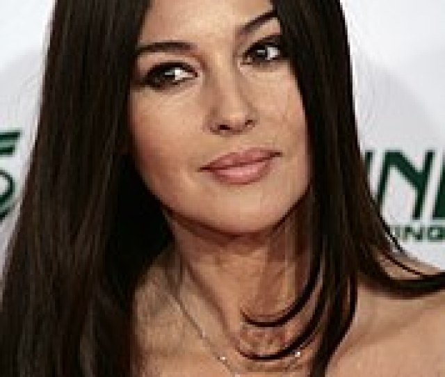 Monica Bellucci At The 2009 Womens World Award Ceremony