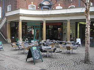 English: Outdoor seating area - Sussex Street ...