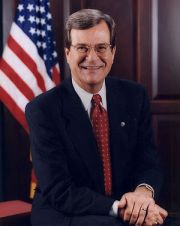 {{w|Trent Lott}}, Senator from Mississippi.
