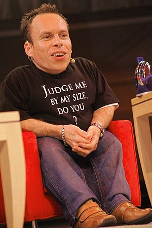 Warwick Davis answers questions from the audie...