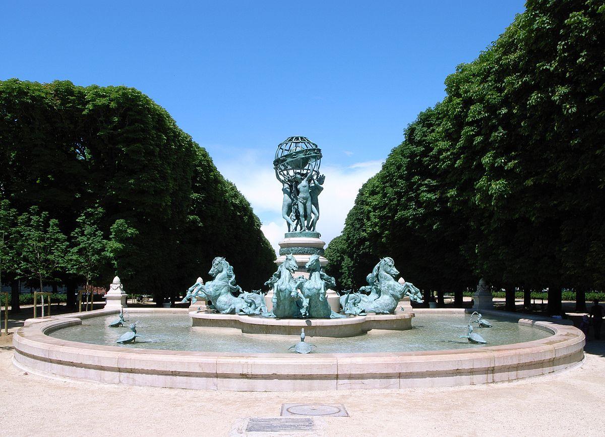 Fontaine De Jardin En Pierre Suisse