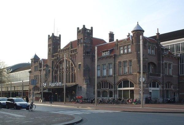 Haarlem railway station Wikipedia