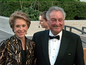 Joan Weill and Sanford Weill at the 2009 premi...