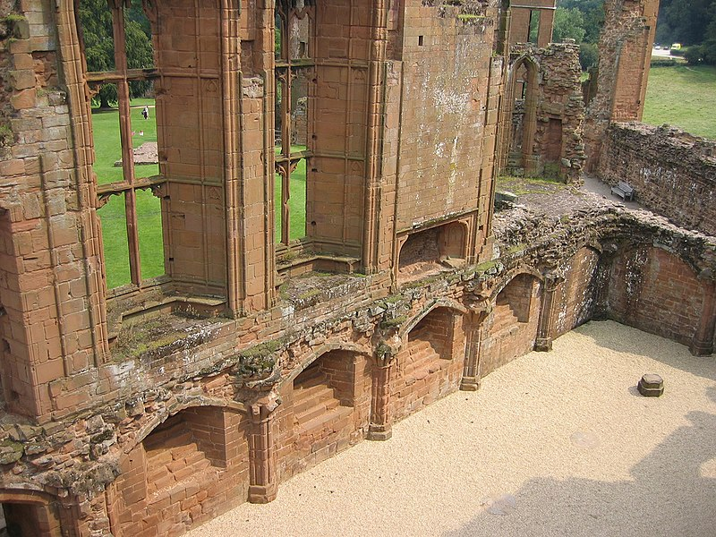 File:Kenilworth Castle - Great Hall.jpg