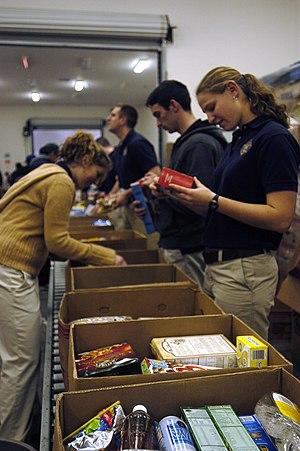 SAN DIEGO (Dec. 19, 2007) U.S. Naval Academy m...