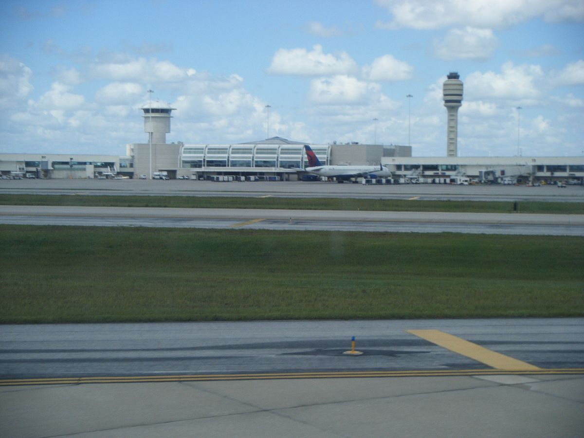 Orlando International Airport  Wikipedia