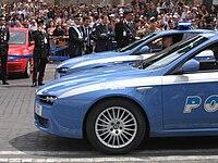 Due vetture Alfa Romeo 159 assegnate alla Squadra volante (oggi Reparto volanti)