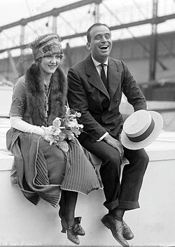 250px Douglas Fairbanks and Mary Pickford 02 1930s Mens Fashion