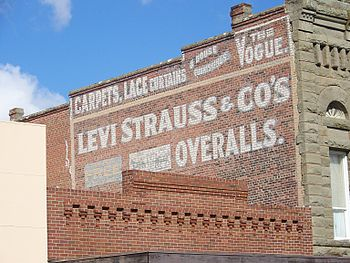 English: A Levi Strauss advertising sign paint...