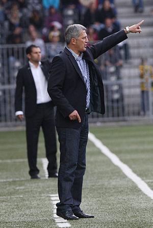 Deutsch: Vladimir Petkovic bei einem Spiel von...