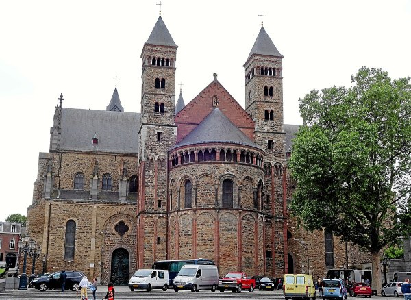 Basilica Of Saint Servatius - Wikipedia