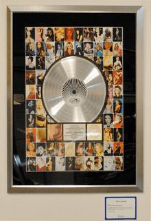 Eminem Platinum Albums : eminem, platinum, albums, Certification, Wikipedia