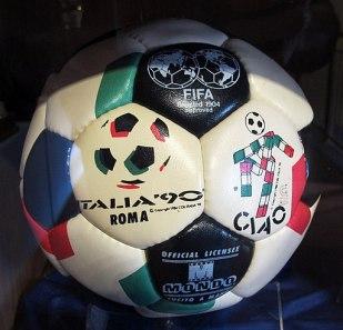 Pallone mondo dei campionati fifa di italia 90