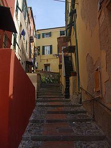 Caruggi di Genova  Wikipedia