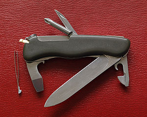 English: A multi-purpose pocket knife with all...