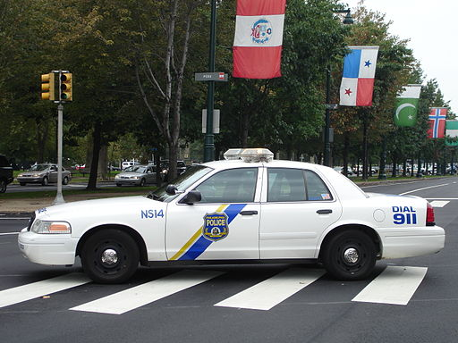 Philadelphia Police - cruiser on Ben Franklin Parkway