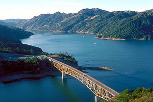English: Aerial view of Lake Sonoma on Dry Cre...