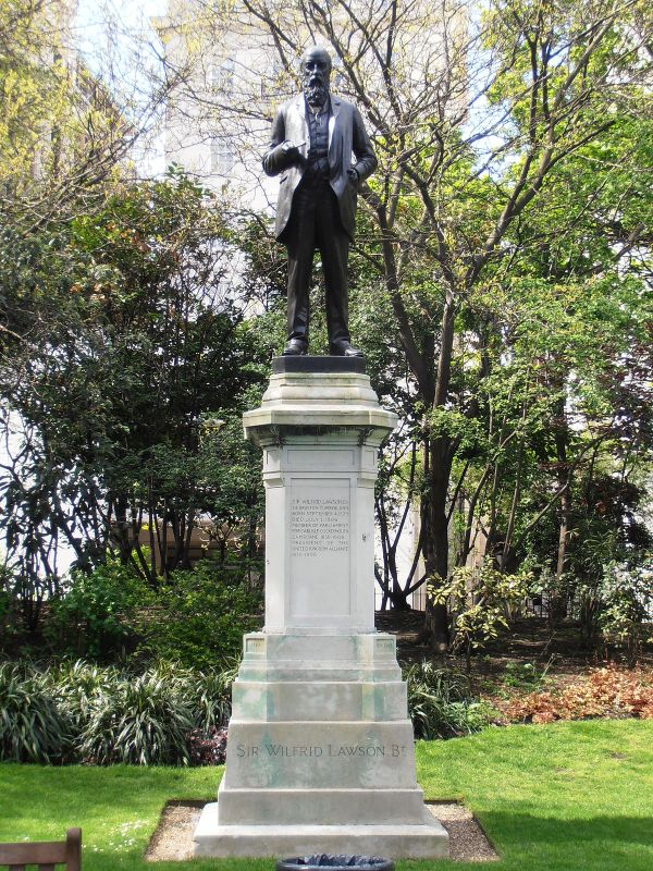 Statue Of Wilfrid Lawson London - Wikipedia