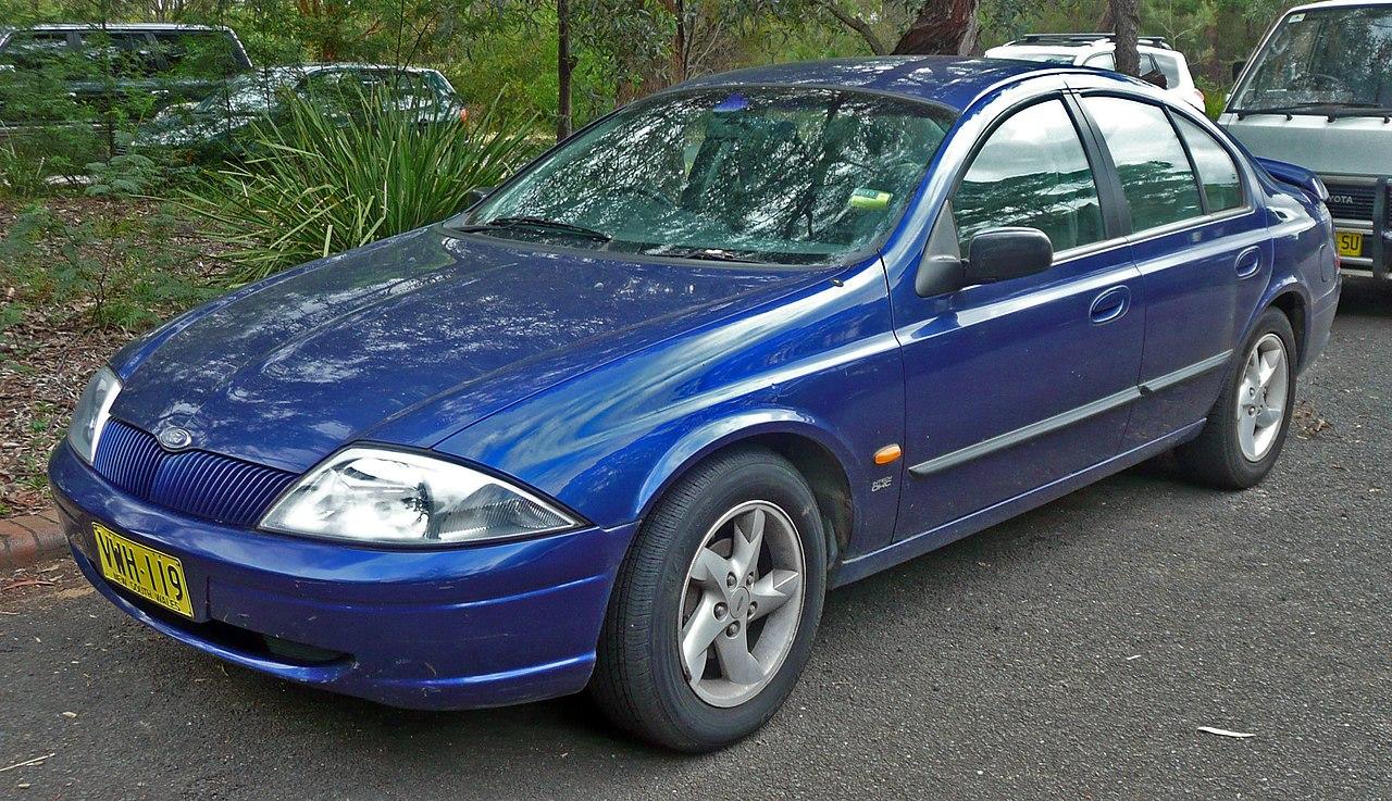 File1999 Ford Falcon (au) S Sedan (20100224)jpg