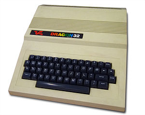 English: Dragon 32 Home Computer (1982)